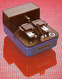 3026 – Ultrasonic Film Splicer